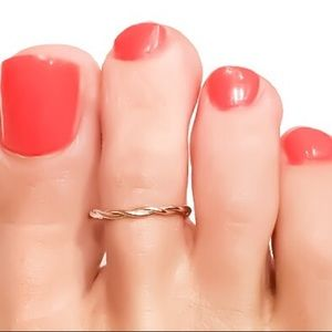 925/14K twisted toe ring